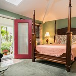 Hidden Garden Cottages & Suites